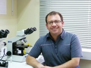 Gabriel León, PhD